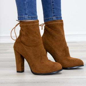 Round Toe Tan Suede Ankle Heeled Boots
